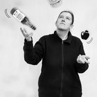 Delphine - Préparatrice de commandes Uberti